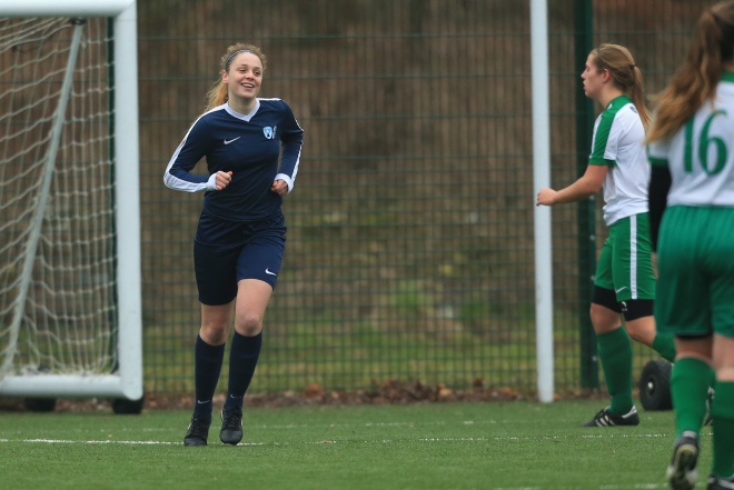 WORTHING COLLEGE WOMEN'S FOOTBALL V BARKING ABBEY – A – W6-0